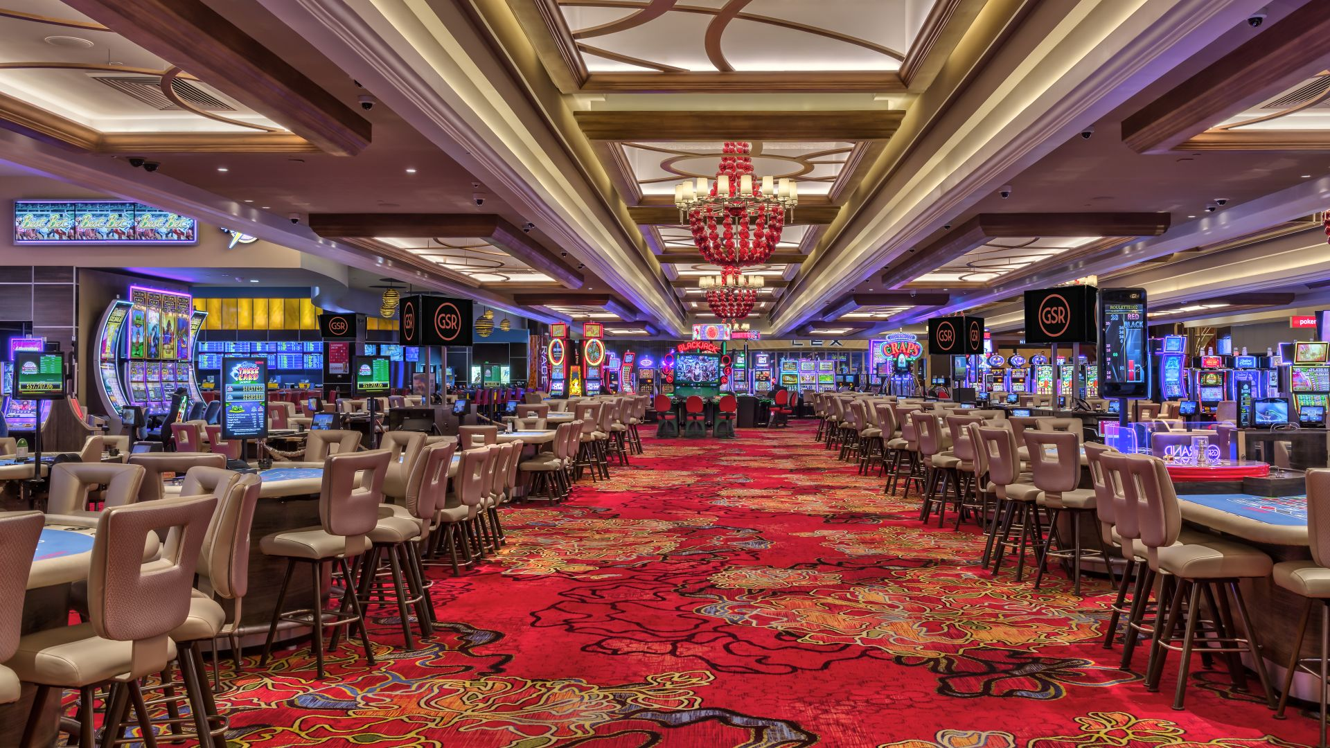 Casino floor table pit